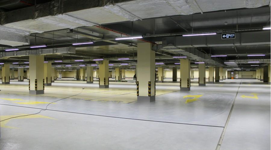 Парковка ТРЦ «Прайм Плаза»