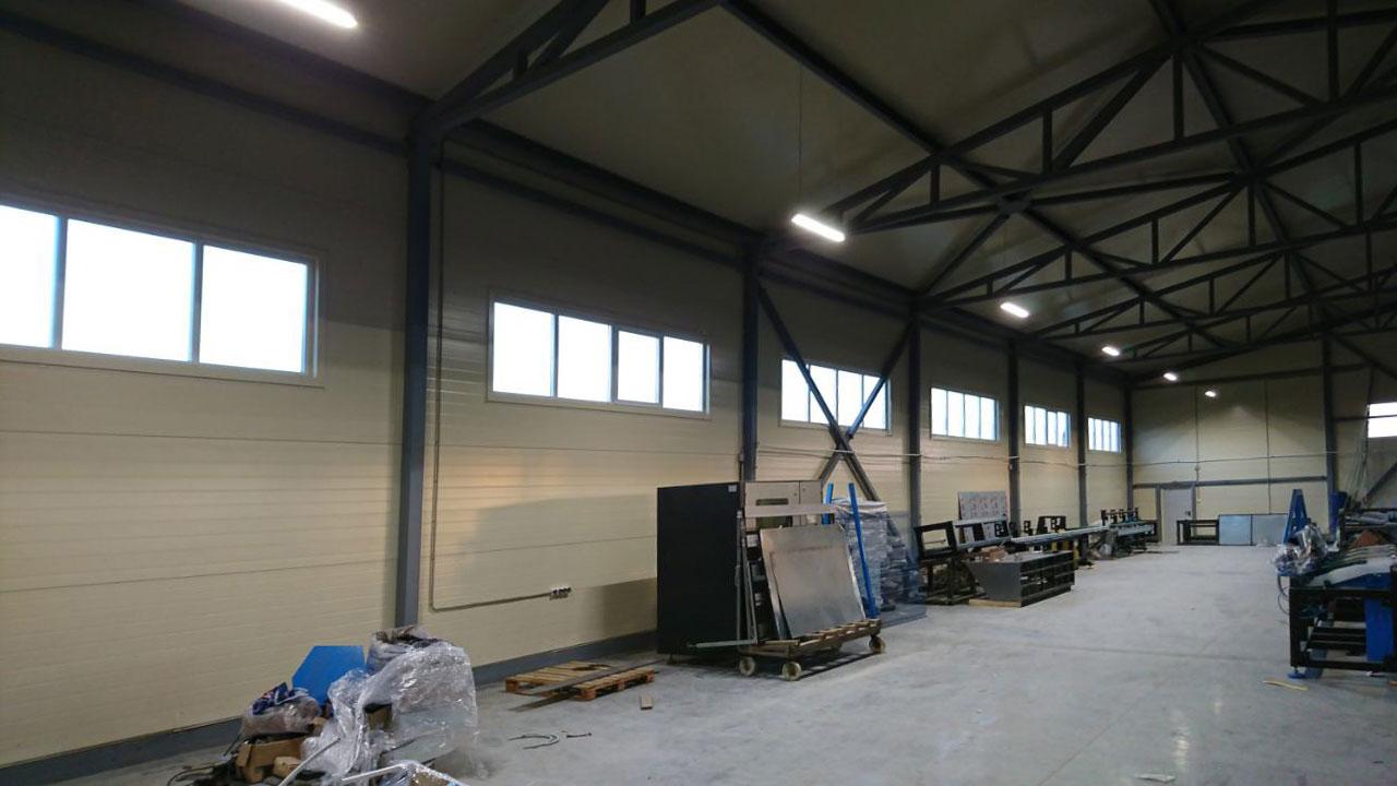 Освещение нового складского помещения