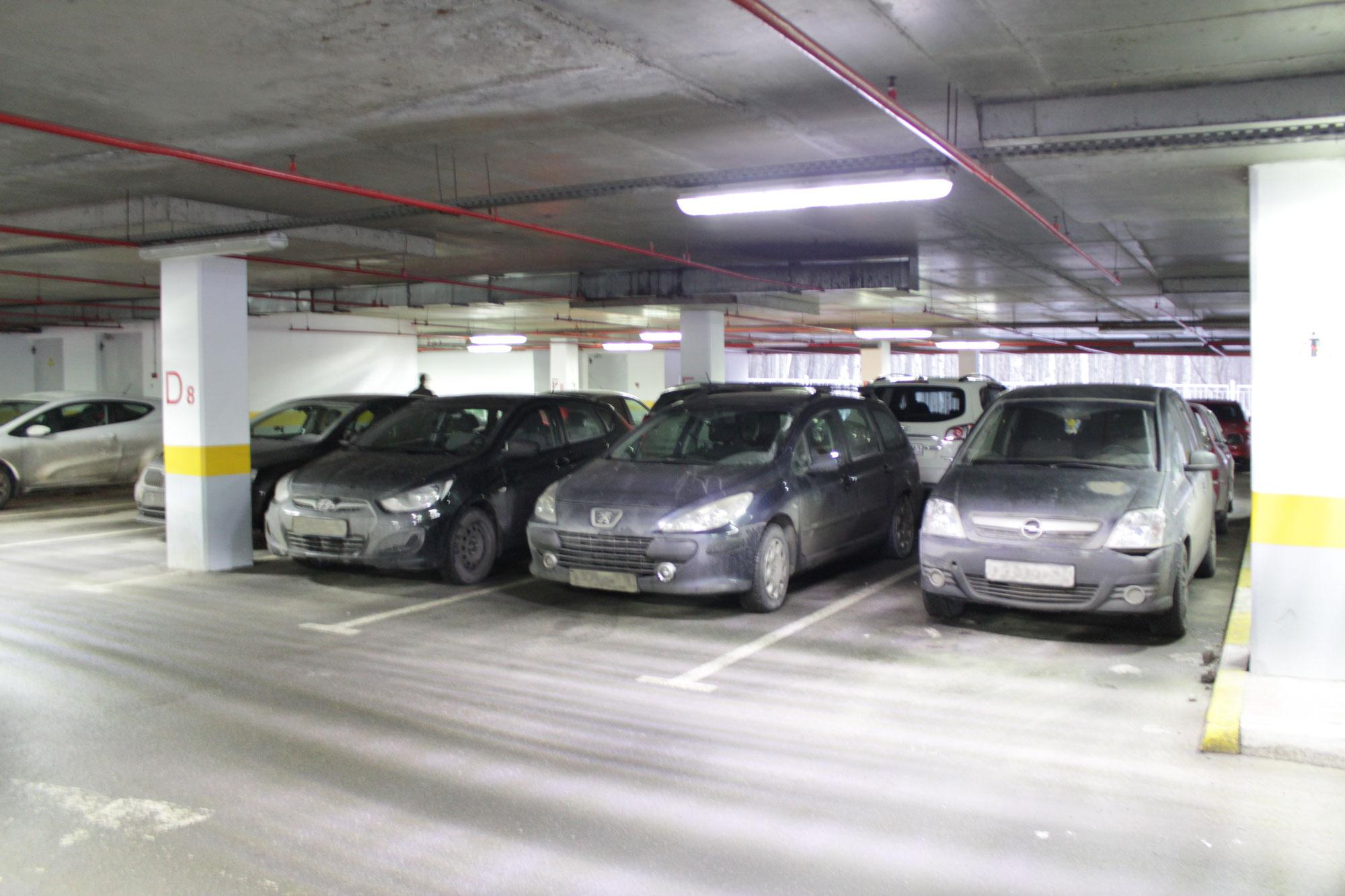 Освещение паркинга ТЦ «Капитолий»